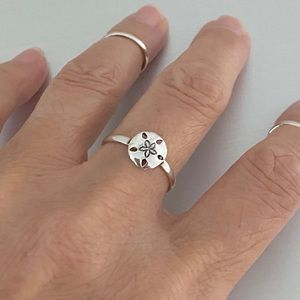 🏖🏖 NEW 🏖🏖 Sterling Silver Sand Dollar Ring